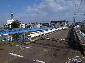 現在の晴雄橋・東を望む