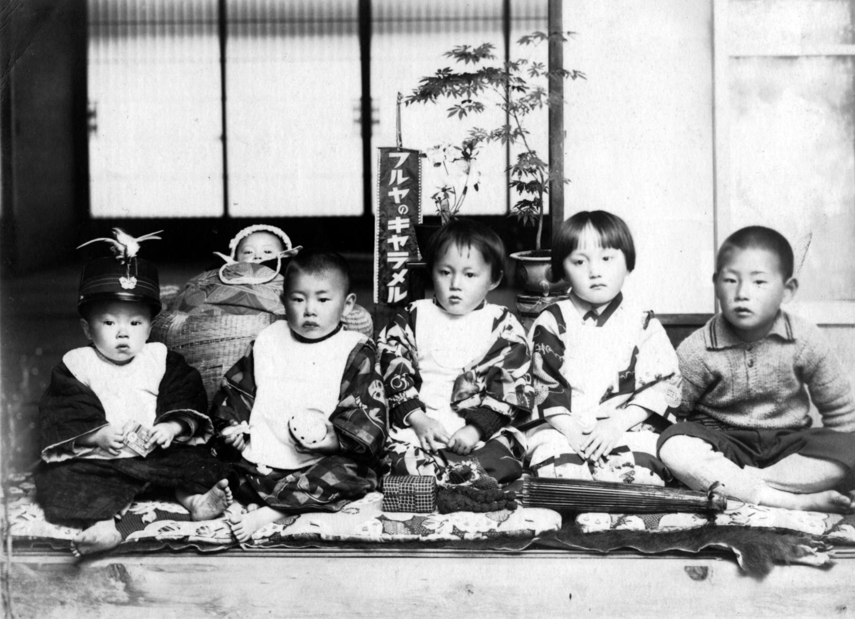 昭和4,5年頃に、青森市油川で撮影された写真